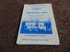 Guiseley v Trowbridge Town, 1990/91 [FAV]